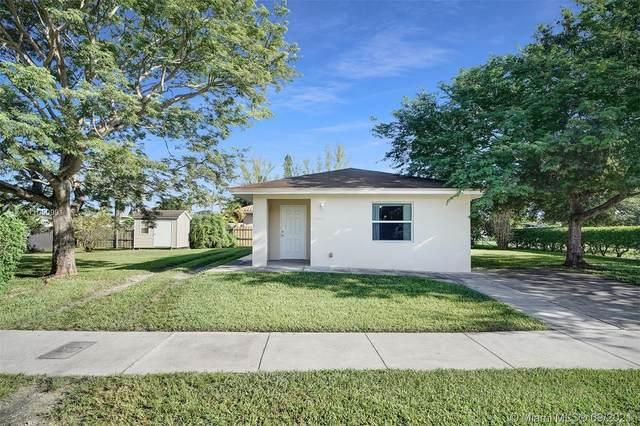 10101 SW 45th St, Miami, FL 33165 (MLS #A11050991) :: Castelli Real Estate Services