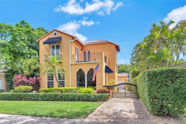 1532 Catalonia Ave, Coral Gables, FL 33134 (MLS #A11051237) :: The Riley Smith Group