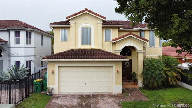 24154 SW 107th Ct, Homestead, FL 33032 (MLS #A11055285) :: The Riley Smith Group