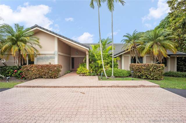 16020 SW 80th Ave, Palmetto Bay, FL 33157 (MLS #A11056435) :: The Rose Harris Group