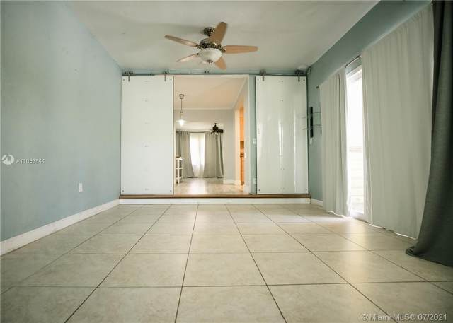 6272 SW 43rd St, South Miami, FL 33155 (MLS #A11059644) :: Equity Advisor Team