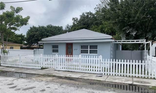 1717 NW 69th St, Miami, FL 33147 (MLS #A11061462) :: Douglas Elliman