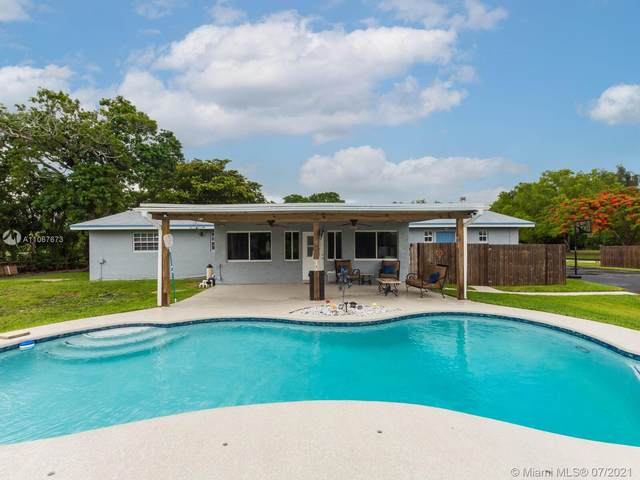 17611 SW 66 Street, Southwest Ranches, FL 33331 (MLS #A11067673) :: All Florida Home Team