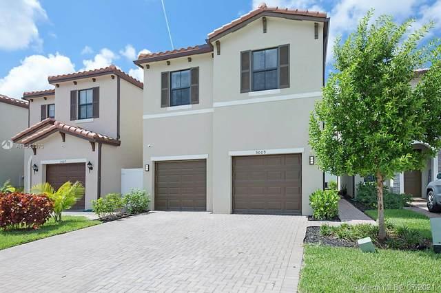 3009 Butternut Ln, Riviera Beach, FL 33410 (MLS #A11068970) :: Prestige Realty Group