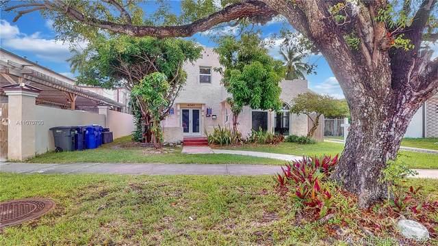 4247 N Bay Rd, Miami Beach, FL 33140 (MLS #A11070700) :: Castelli Real Estate Services