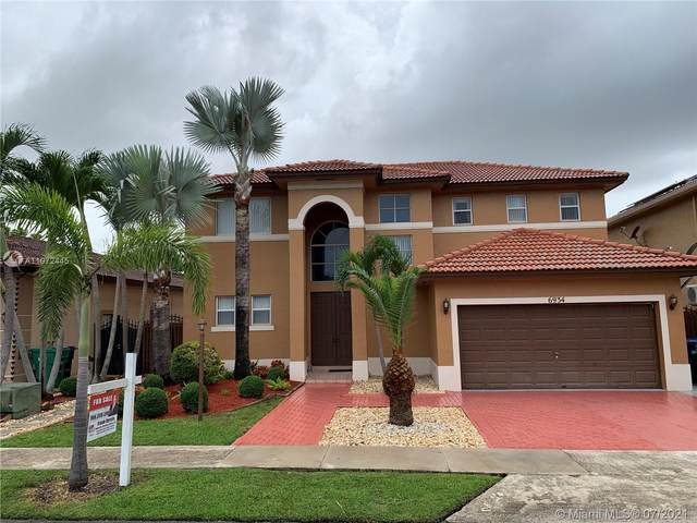 6934 SW 159th Ave, Miami, FL 33193 (MLS #A11072445) :: The Teri Arbogast Team at Keller Williams Partners SW