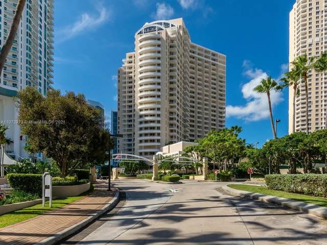888 Brickell Key Dr #1009, Miami, FL 33131 (MLS #A11072973) :: The MPH Team
