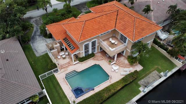 12611 Ramiro St, Coral Gables, FL 33156 (MLS #A11073406) :: KBiscayne Realty