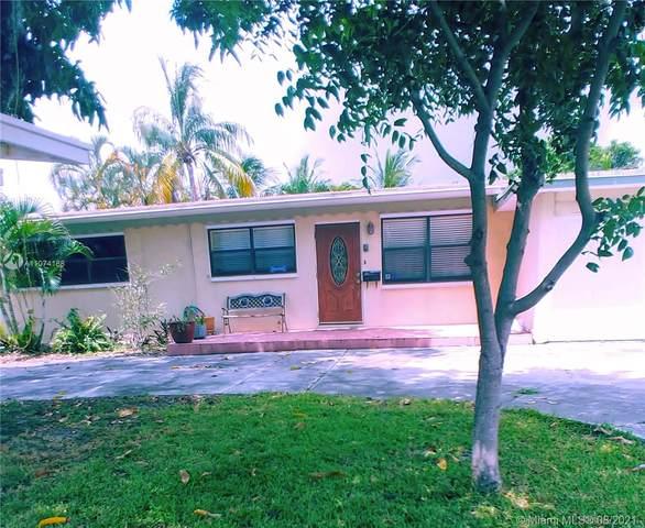 413 NE 25th Ave, Pompano Beach, FL 33062 (MLS #A11074188) :: The Rose Harris Group