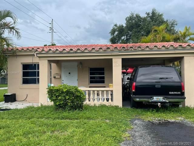 1401 NE 180th St, North Miami Beach, FL 33162 (MLS #A11080857) :: The Rose Harris Group