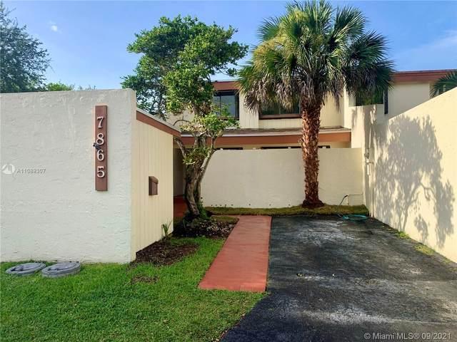 7865 SW 106th Cir, Miami, FL 33173 (MLS #A11089307) :: Jo-Ann Forster Team