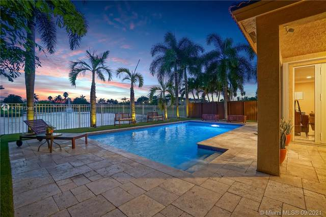 7756 NW 113th Ave, Doral, FL 33178 (MLS #A11091248) :: CENTURY 21 World Connection