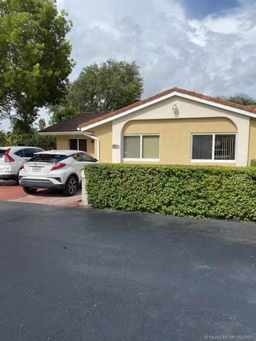 7379 SW 113th Circle Pl, Miami, FL 33173 (MLS #A11092515) :: All Florida Home Team