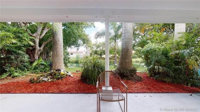 9741 SW 190th St, Cutler Bay, FL 33157 (MLS #A11093537) :: All Florida Home Team