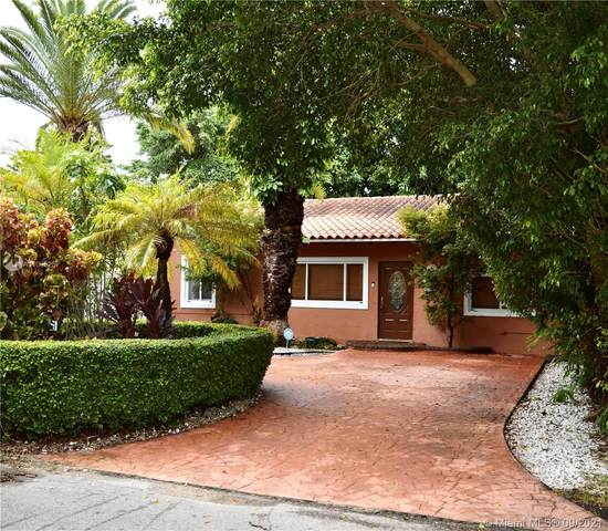 4624 SW 11th St, Coral Gables, FL 33134 (MLS #A11095257) :: The Riley Smith Group