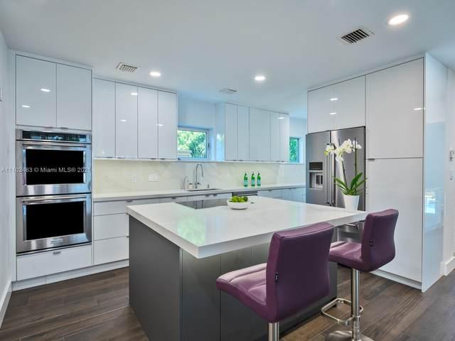 4335 N Bay Rd, Miami Beach, FL 33140 (MLS #A11102463) :: Re/Max PowerPro Realty