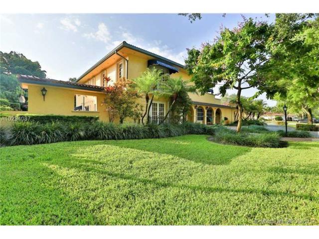 15925 W Prestwick Place, Miami Lakes, FL 33014 (MLS #A10294087) :: Green Realty Properties