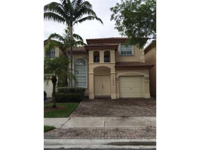 11575 NW 71st St, Doral, FL 33178 (MLS #A10298839) :: Green Realty Properties