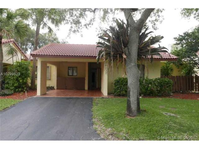 16237 Laurel Dr, Weston, FL 33326 (MLS #A10299523) :: The Chenore Real Estate Group