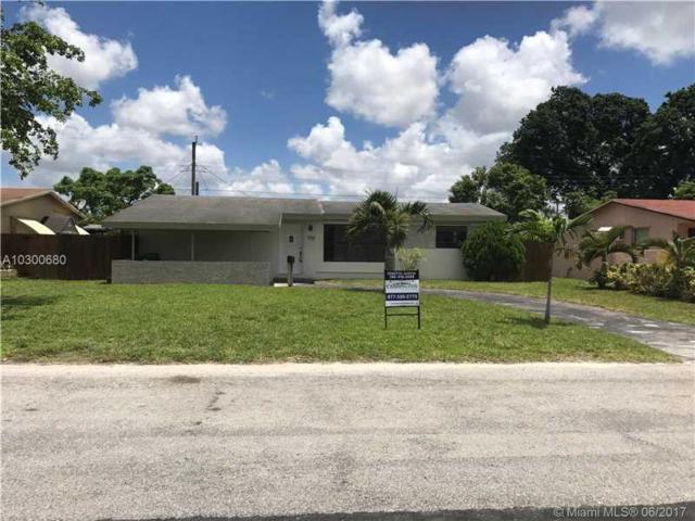7771 Meridian St, Miramar, FL 33023 (MLS #A10300680) :: Christopher Tello PA