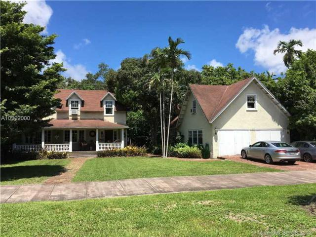 6810 Maynada St, Coral Gables, FL 33146 (MLS #A10302000) :: The Riley Smith Group