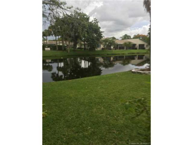 679 Racquet Club Rd #1, Weston, FL 33326 (MLS #A10302012) :: Christopher Tello PA
