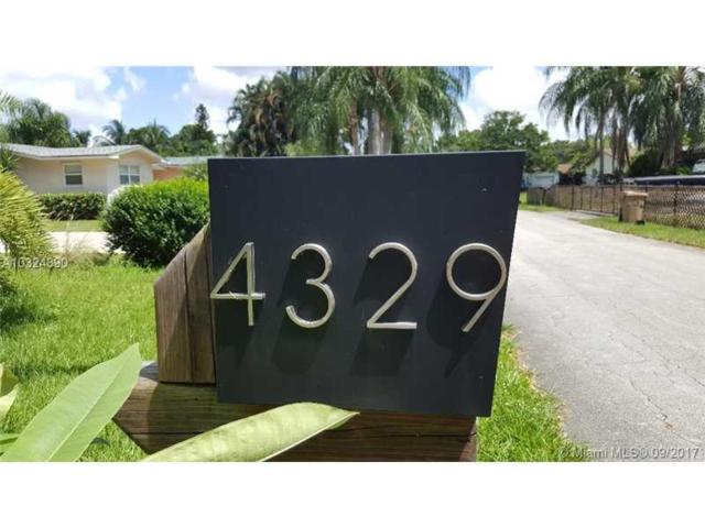 4329 SW 74th Ave, Davie, FL 33314 (MLS #A10324390) :: Castelli Real Estate Services