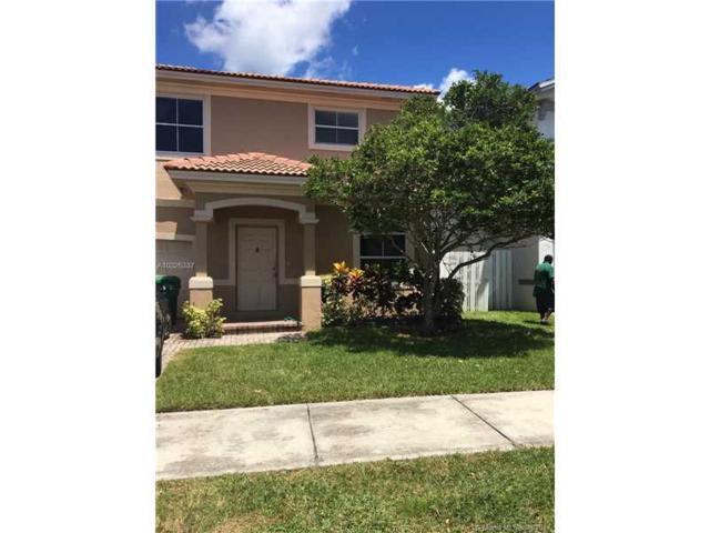 6928 SW 148th Ln, Davie, FL 33331 (MLS #A10326337) :: RE/MAX Presidential Real Estate Group