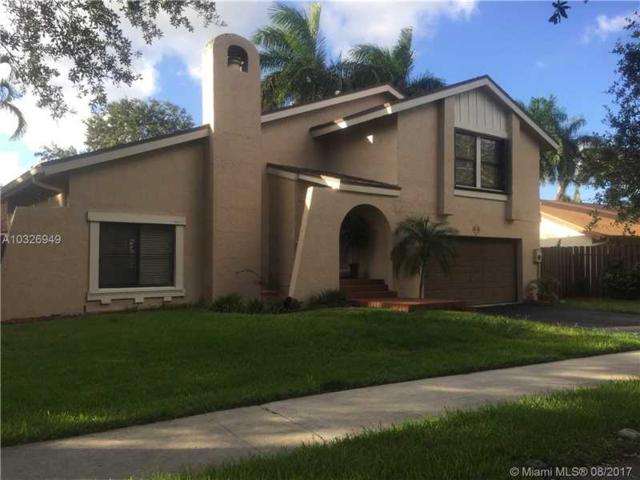 22 Forest Cir, Cooper City, FL 33026 (MLS #A10326949) :: RE/MAX Presidential Real Estate Group