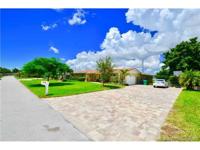12140 SW 99th Ave, Miami, FL 33176 (MLS #A10327601) :: The Riley Smith Group