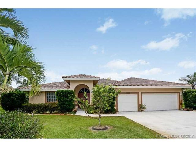 12000 SW 19th Ct, Davie, FL 33325 (MLS #A10328337) :: RE/MAX Presidential Real Estate Group
