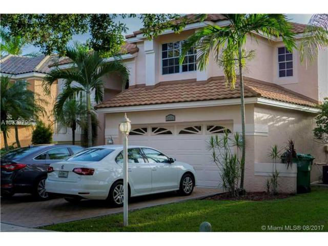 2722 Montevideo Ave, Cooper City, FL 33026 (MLS #A10329795) :: The Chenore Real Estate Group