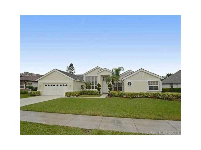 3100 Old Orchard Rd, Davie, FL 33328 (MLS #A10330958) :: The Chenore Real Estate Group