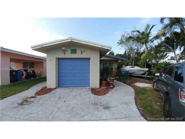 1547 NE 38th St, Oakland Park, FL 33334 (MLS #A10334403) :: Castelli Real Estate Services