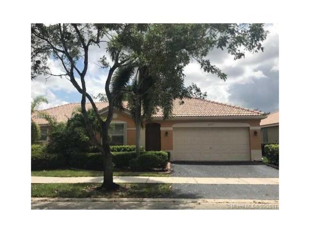 4273 Pine Ridge Ct, Weston, FL 33331 (MLS #A10341280) :: Green Realty Properties