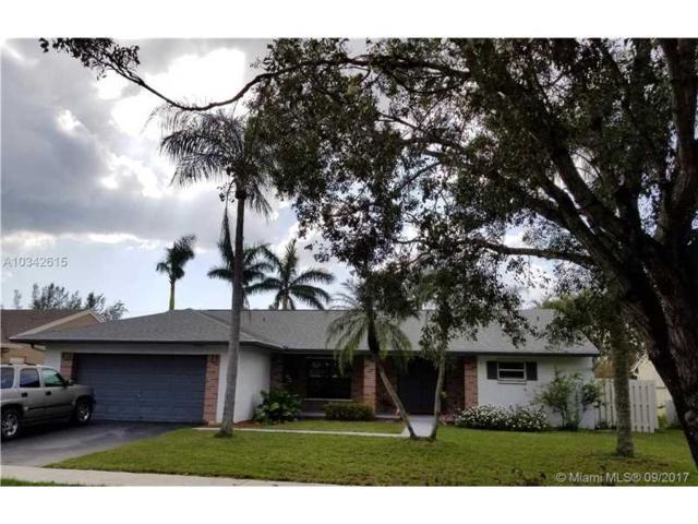 1341 White Stone Way, Davie, FL 33325 (MLS #A10342615) :: Castelli Real Estate Services
