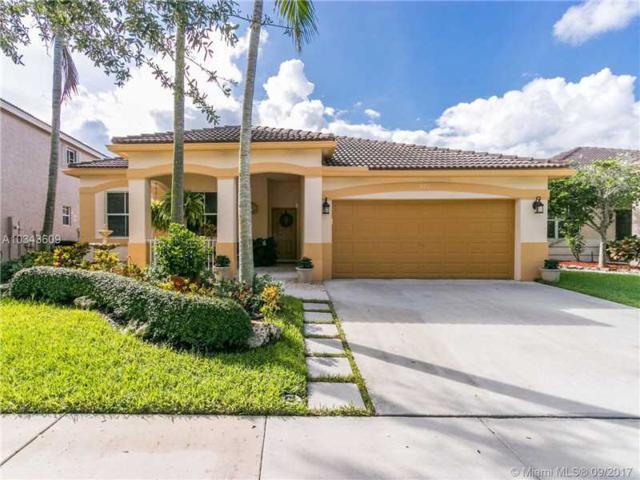 971 Tulip Cir, Weston, FL 33327 (MLS #A10343609) :: Green Realty Properties