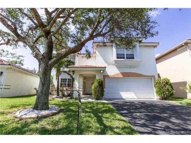 73 Gables Blvd, Weston, FL 33326 (MLS #A10344419) :: Green Realty Properties