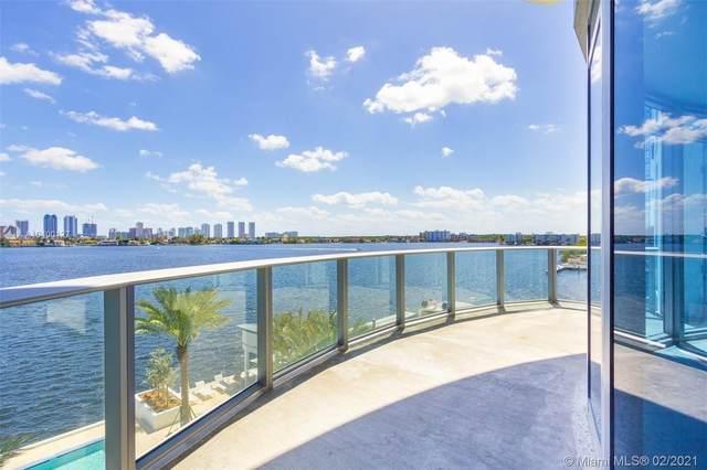 17301 Biscayne Blvd #411, North Miami Beach, FL 33160 (MLS #A10400127) :: Berkshire Hathaway HomeServices EWM Realty