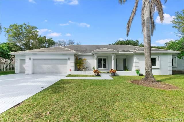 5494 NW 94th Doral Pl, Doral, FL 33178 (MLS #A10606577) :: Berkshire Hathaway HomeServices EWM Realty