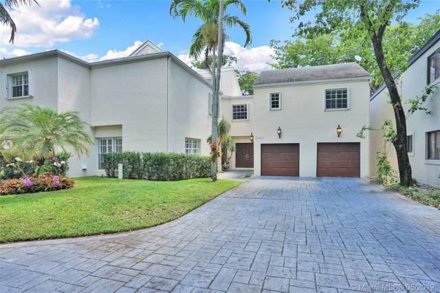 20261 W Oak Haven Circle, Miami, FL 33179 (MLS #A10667878) :: Ray De Leon with One Sotheby's International Realty