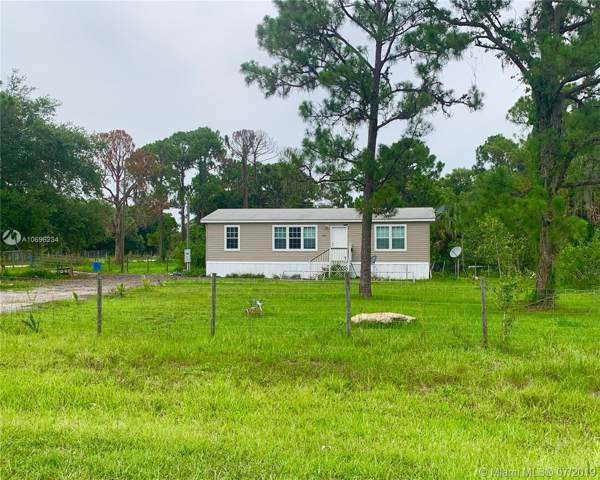 327 Montura, Clewiston, FL 33440 (MLS #A10696234) :: Grove Properties