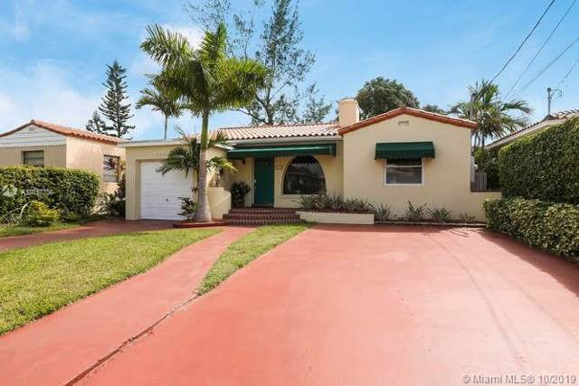 9217 Carlyle Ave, Surfside, FL 33154 (MLS #A10713756) :: Green Realty Properties
