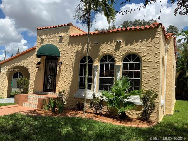 829 Lorca St, Coral Gables, FL 33134 (MLS #A10727977) :: Ray De Leon with One Sotheby's International Realty