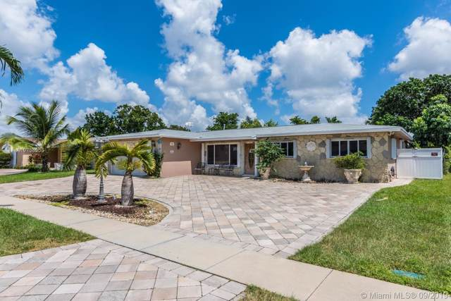 711 NW 93rd Ave, Pembroke Pines, FL 33024 (MLS #A10738553) :: Lucido Global