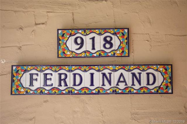 918 Ferdinand St, Coral Gables, FL 33134 (MLS #A10739945) :: Albert Garcia Team
