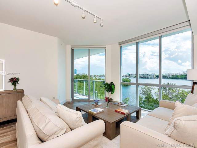 17111 Biscayne Blvd #306, North Miami Beach, FL 33160 (MLS #A10740812) :: The Teri Arbogast Team at Keller Williams Partners SW