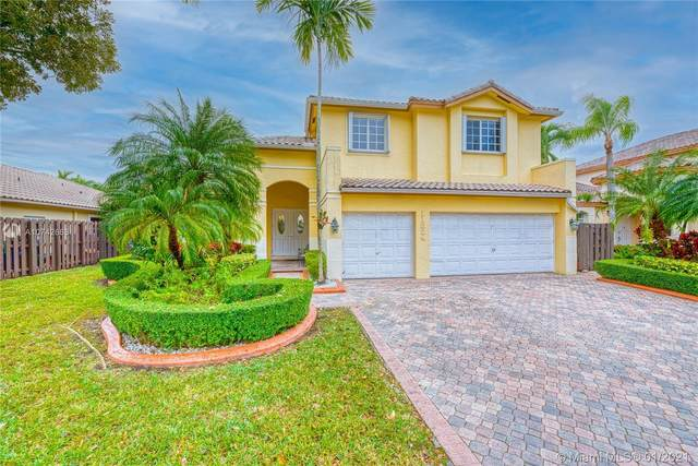 11324 NW 66th St, Doral, FL 33178 (MLS #A10742663) :: All Florida Home Team