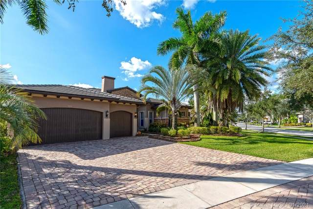 7233 NW 123rd Ave, Parkland, FL 33076 (MLS #A10742791) :: The Riley Smith Group