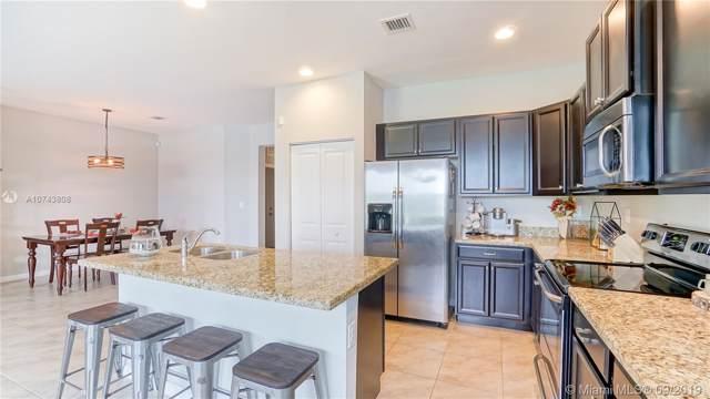 2179 SE 2nd St, Homestead, FL 33033 (MLS #A10743808) :: Berkshire Hathaway HomeServices EWM Realty